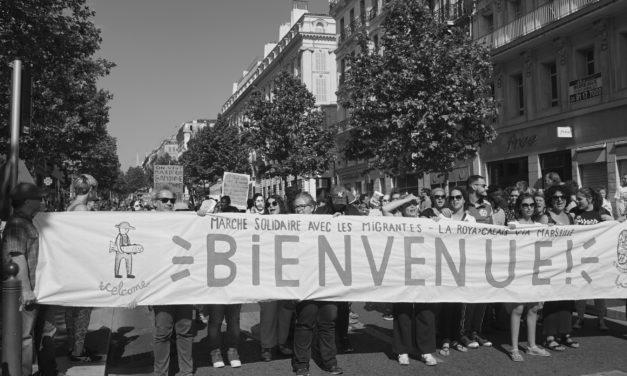 «La marche solidaire pour les migrant.e.s» arrive à Arles